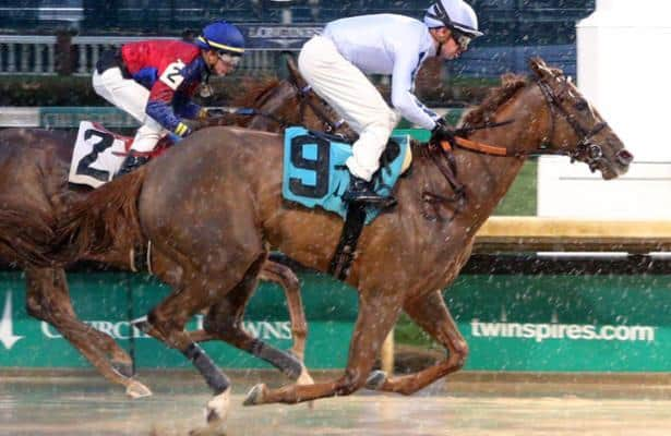 'She just has to run her race,' DeVaux looking to test Bayerness