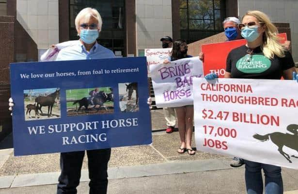 Baffert joins 'powerful' rally to resume racing at Santa Anita