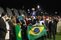 Gloria De Campeao wins the 2010 Dubai World Cup