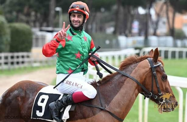 Italian jockey is suspended 40 days for post-race fight