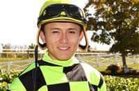 Jockey Kevin Gomez