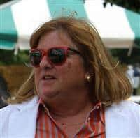 Trainer Mary Hartmann