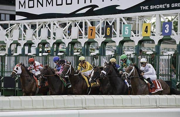 Jockeys Montalvo, Lopez suspended for crop violations at Monmouth