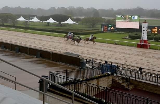 Oaklawn Park cancels racing all week; Cox's plans uncertain