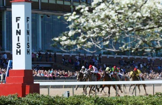 Racing returns to Oaklawn with opening day Derby prep