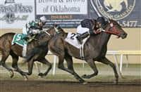 Shotgun Kowboy bests Bayerd in the 2014 Clever Trevor Stakes