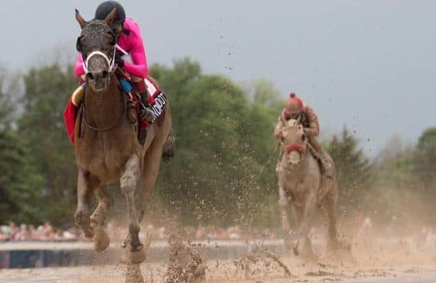 Wonder Gadot wins Fort Erie's Prince of Wales Stakes in style